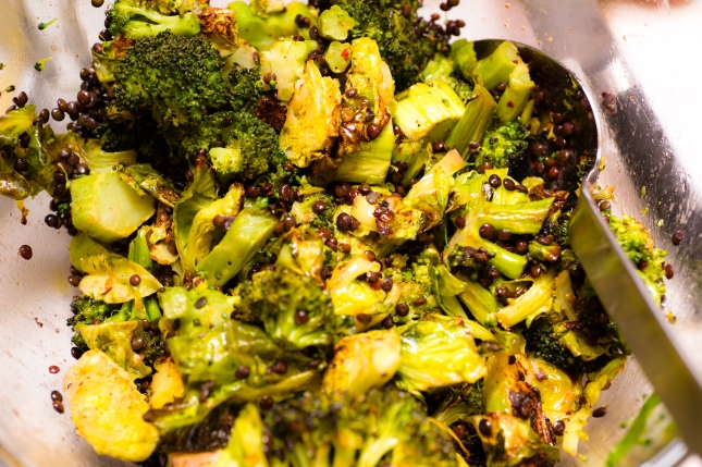 BroccoliArugulaBrusselsSalad-5